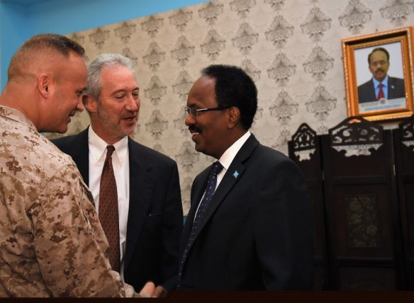 Farmaajo & US Commander